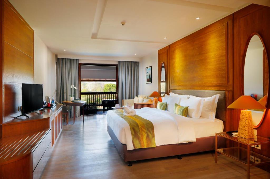 巴厘岛  努沙杜瓦半岛  金巴兰的酒店  金巴兰斯普林希尔皇家郁金香