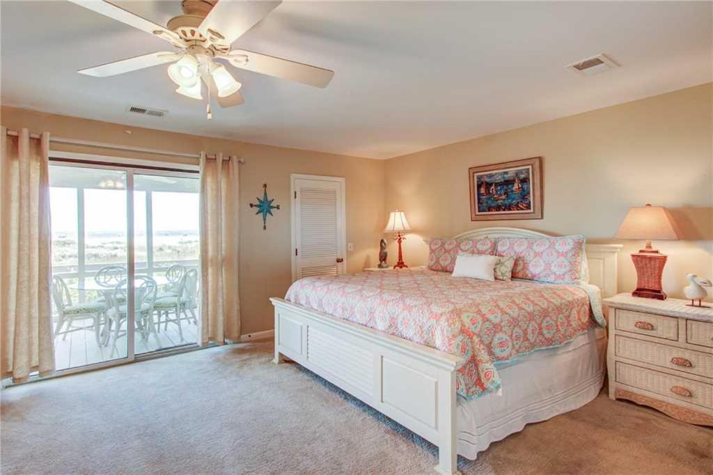 卧室墙背景家居起居室设计服装房间装修现代装修1024_682设计游戏下载卧室图片