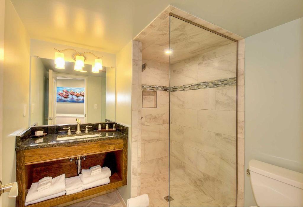 河岸百叶窗酒店的一间浴室图片