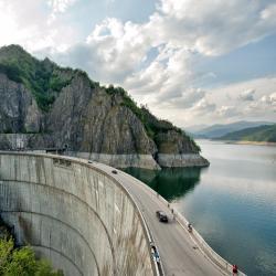 比卡兹水坝, 比卡兹