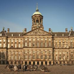 阿姆斯特丹皇宫