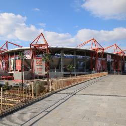 拉伊斯卡齐体育场