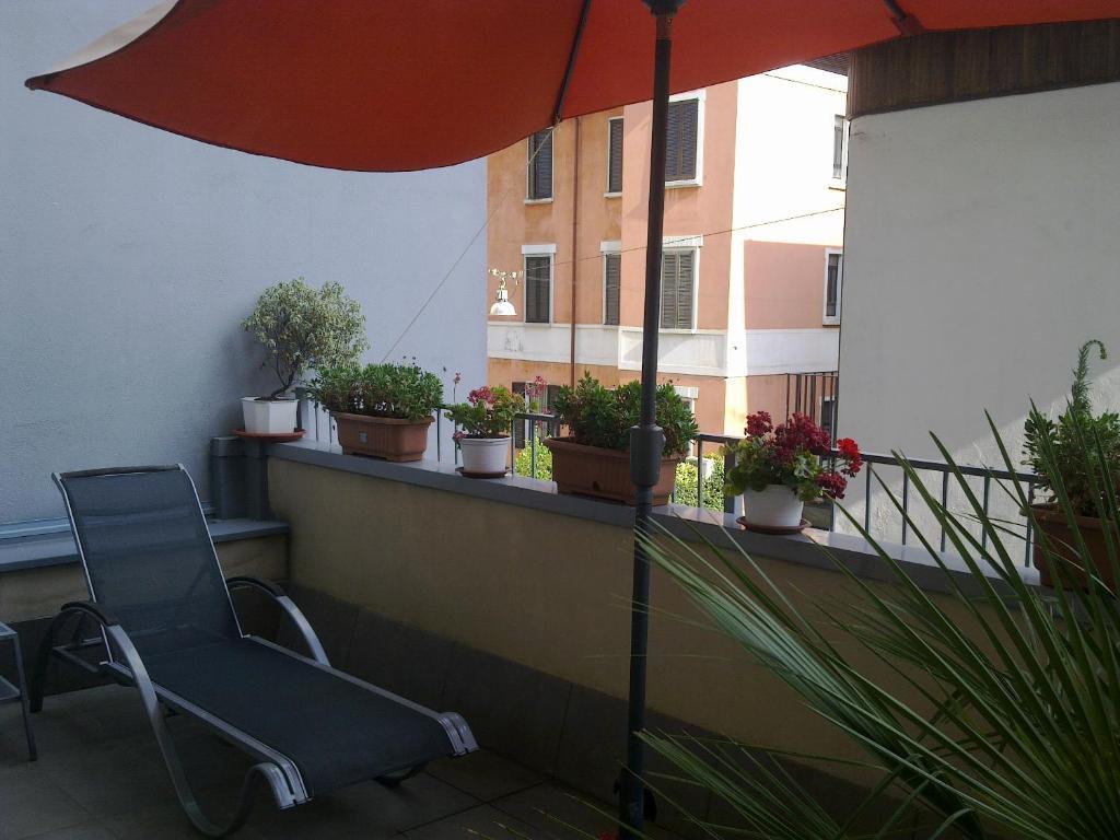 苏萨酒店的阳台或露台