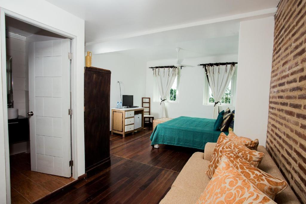 Best value guesthouse客房内的一张或多张床位