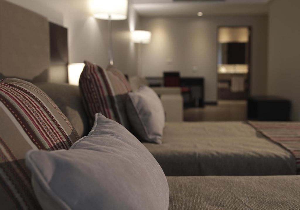 Hotel UOM Buenos Aires的休息区