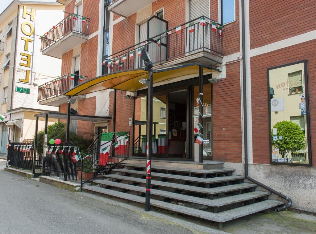 Vip Hotel