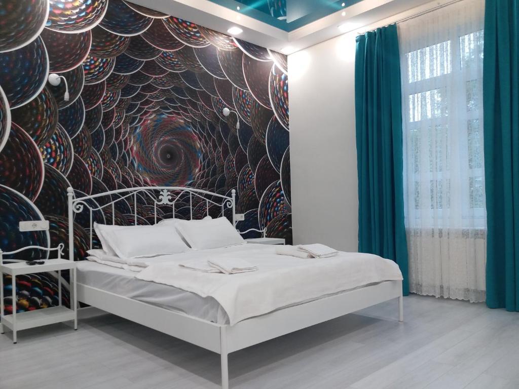 Domentis客房内的一张或多张床位
