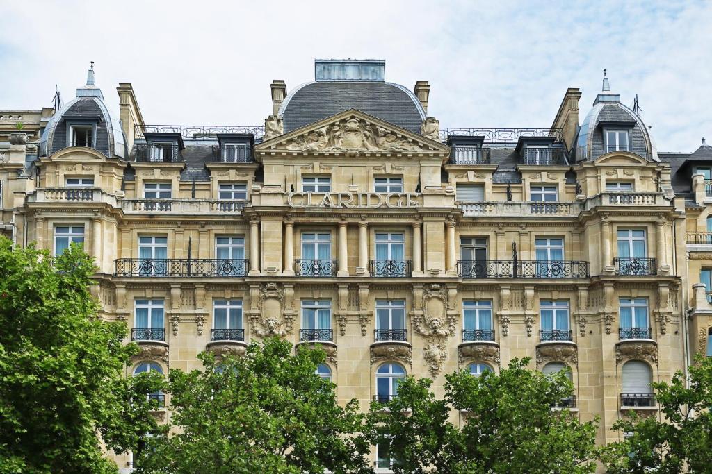 公寓式酒店所在大楼