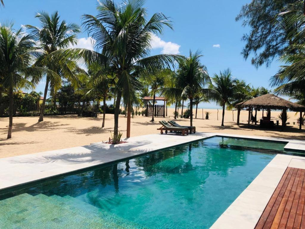 鲍萨达瑞坎托达普拉亚酒店内部或周边的泳池