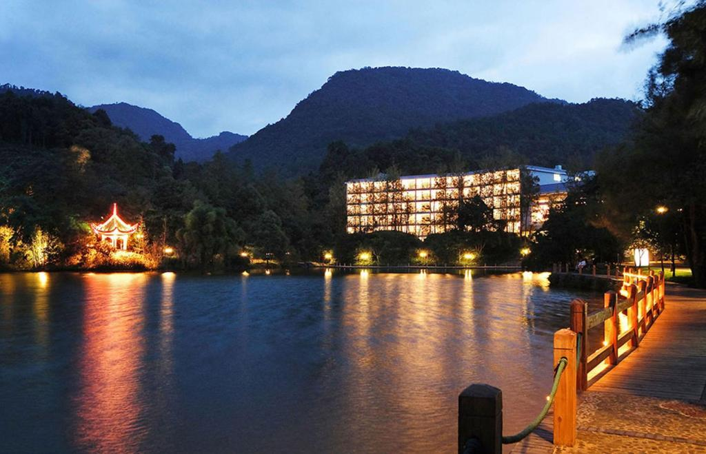 China emei mountain hotel