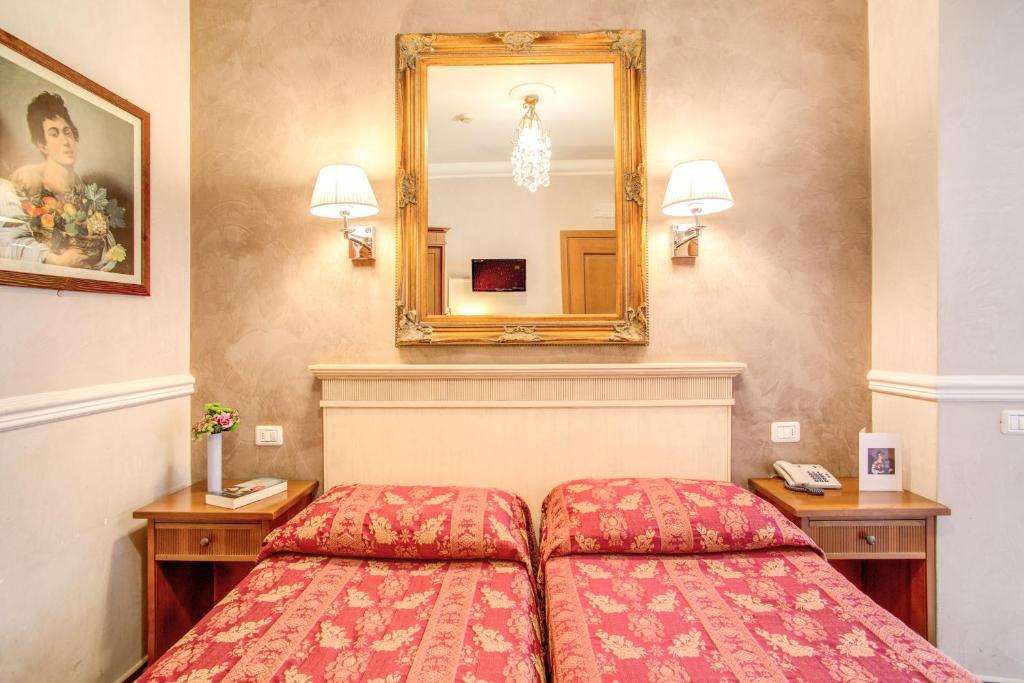 卡拉瓦吉欧酒店客房内的一张或多张床位