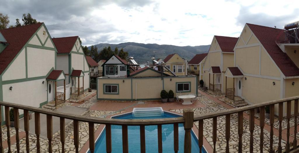 Ermolaos Hillside Villas内部或周边泳池景观
