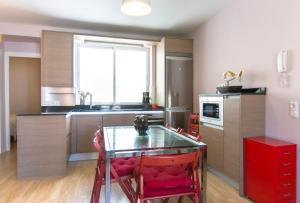 阿提科阿托查露台公寓的厨房或小厨房