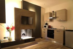 斯佛拉大教堂公寓的厨房或小厨房