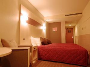 京都平安之森饭店客房内的一张或多张床位