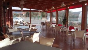 Venta de Tébar餐厅或其他用餐的地方