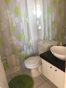 Departamento Costa Mansa, vista al mar的一间浴室