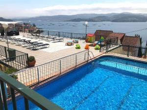 拉克索帕克公寓式酒店 内部或周边泳池景观