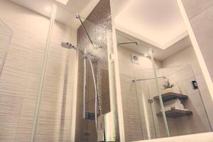 盖勒特山公寓的一间浴室