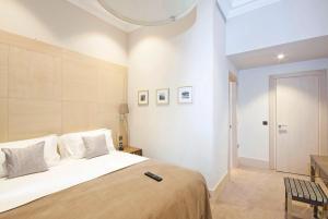 骑士桥克拉韦利法院公寓客房内的一张或多张床位