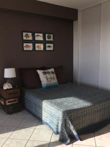 The Blue Fish客房内的一张或多张床位