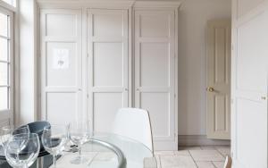 The Beaumont Escape - Charming 4BDR的厨房或小厨房