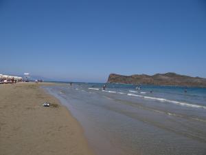 公寓式酒店旁或附近的海滩