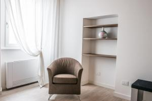 Carrera Home Appartamenti Verona的休息区