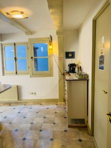 Amsterdam Central Guest House的一间浴室