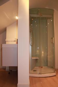 Huisje Tybary的一间浴室