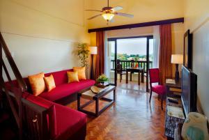 长滩岛阿兰达度假酒店的休息区
