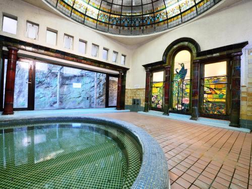 Iwamotoro内部或周边的泳池