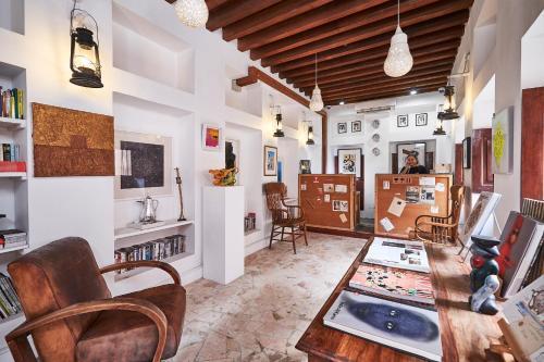 XVA艺术酒店的休息区