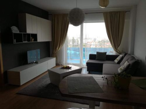 Apartament lux Viva City的休息区