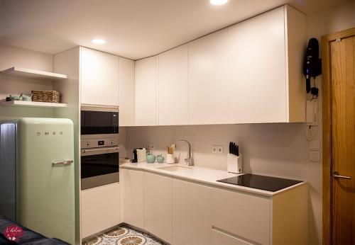 L'atelier Apartments (Poesia)的厨房或小厨房