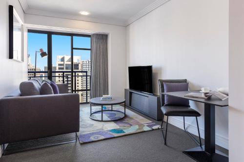 Avani Metropolis Auckland Residences的休息区