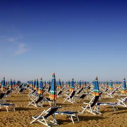 比比翁 165家海滩酒店