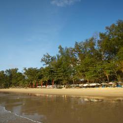 奈扬海滩 199家酒店