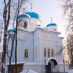 彼得罗扎沃茨克 393家酒店