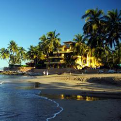 新巴利亚塔 13家豪华酒店