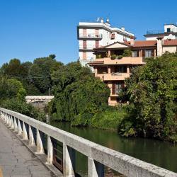 科洛尼奥蒙泽塞 17家酒店