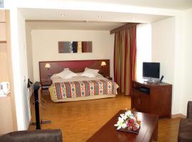 阿尔卡拉广场酒店