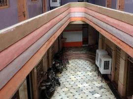 Hotel Pushpak Lodge
