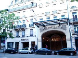 马里伏酒店