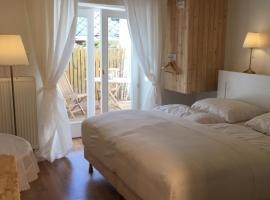 House Apartmentshumpolec + Garden