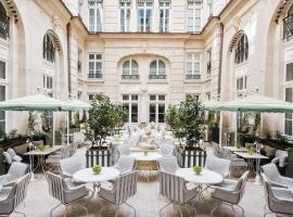 巴黎瑰丽酒店,位于巴黎的酒店