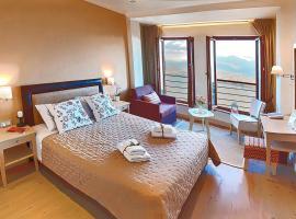 Arktos Hotel