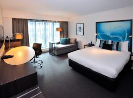 墨尔本科林斯诺富特酒店,位于墨尔本的酒店