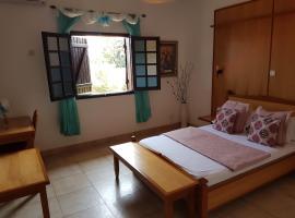 Flash Hotel, Libreville (Akanda National Park附近)