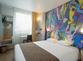 托尔西国际酒店